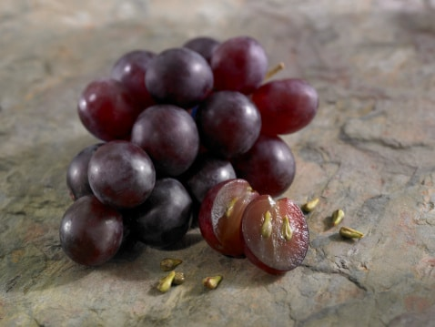 5 Reasons to Love Grape Seed Extract