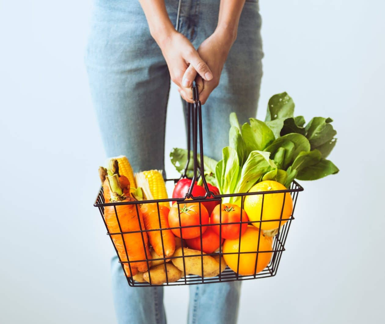 7 Tips to Avoid Fluoride While Grocery Shopping